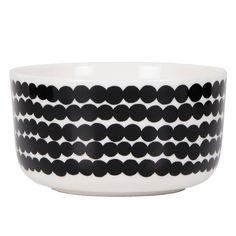Marimekko's Siirtolapuutarha bowl features Maija Louekari's cheerful Räsymatto pattern that was inspired by traditional rag rugs. Marimekko's Siirtolapuutarha collection has a pleasant feel of nostalgia. Marimekko, Ceramic Tableware, Kitchenware, Delft, Scandinavia Design, My Shopping List, Alessi, Good Company, Dog Bowls