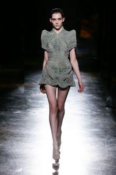Womenswear | Iris van Herpen