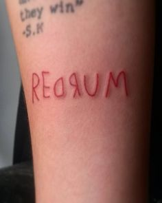 """These Stephen King Tattoos Will Make Any Horror Buff Itchy For New Ink The old saying is """"scared out of your skin,"""" but these tattoos inspired by horror legend Stephen King will scare you right into yours. Ranging from Dope Tattoos, Spooky Tattoos, Dream Tattoos, Pretty Tattoos, Future Tattoos, Body Art Tattoos, Small Tattoos, Tattos, Stephen King Tattoos"""