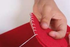 Modèle de broderie gratuit - Trucs et Deco Felt Crafts, Diy Crafts, Techniques Couture, Practical Gifts, Unusual Gifts, Sewing Hacks, Christmas Diy, Applique, Knitting