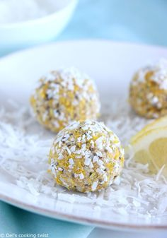Healthy Lemon Coconut Energy Balls Del s cooking twist Oat Ball Recipe, Balls Recipe, Coconut Energy Balls, Cas, Lemon Coconut, Coconut Oil, Healthy Peanut Butter, Protein Ball, Cafe Food