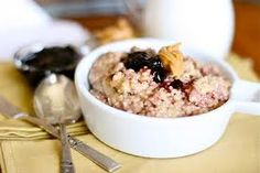 FIT AND HEALTHY RECIPES: PB&J PROTEIN OATMEAL