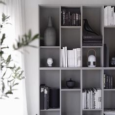 Still very happy with my grey shelfie ikeahack bookcase bokhylle livingroom stue stylizimohouse skandinaviskehjem Apartment Interior, Living Room Interior, Home Living Room, Gold Bedroom Decor, Ikea Billy Bookcase, Beautiful Interior Design, Room Shelves, Home And Deco, Home Decor Inspiration