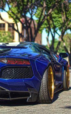 Lamborghini Aventador Blue!