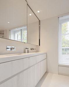 Washroom, Master Bathroom, Pretty Room, Bathroom Interior Design, Living Room Designs, Living Rooms, Amazing Bathrooms, Bathtub, Minimalist