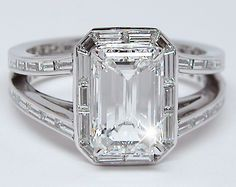 emerald cut diamond baguette halo | Emerald Cut + Baguettes Diamond Ring
