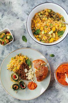 Orientalische Mezze: Couscous-Salat mit Veggie Hack und gefüllten Zucchini - babyrockmyday.com Couscous Salat, Allrecipes, Curry, Lunch, Salad, Vegan, Dinner, Ethnic Recipes, Food