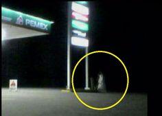 Graban a la llorona en gasolinera de México