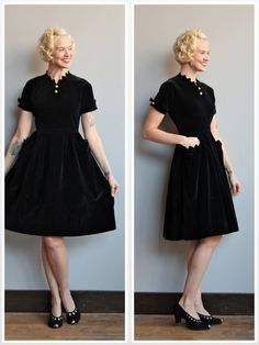 1950s Dress // Black Velvet Dress // vintage 50s dress by dethrosevintage on Etsy