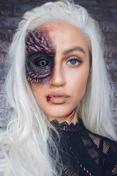 Daenerys Targaryen Halloween Makeup Idea Thinking about what costume to wear this Halloween? Then you are in the right place. We have found 45 cool Halloween costume ideas for women. Scary Halloween Makeup, Makeup Clown, Cool Halloween Masks, Mascaras Halloween, Pretty Halloween, Halloween Diy, Women Halloween, Pregnant Halloween, Halloween 2019