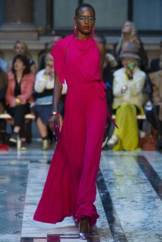 Vivienne Westwood Red Label Spring - Summer 2013. Model: Ajak Deng. (=)