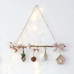 Katharina sagt…Ich finde die Idee klasse! Bohemian Christmas, Natural Christmas, Christmas Makes, Christmas Crafts, Christmas Ornaments, Yule Crafts, Diy And Crafts, Handmade Christmas Decorations, Christmas Tree Decorations
