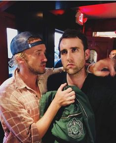 Tom Felton Couldn't Help but Channel His Inner Draco When He Reunited With Matthew Lewis Tom Felton Couldn't Help but Draco Harry Potter, Draco Malfoy, Images Harry Potter, Estilo Harry Potter, Harry Potter Characters, Harry Potter World, Hermione Granger, Severus Snape, Drarry