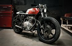 Moto-Mucci: DAILY INSPIRATION: Build Shots - Yamaha XS360 by The Hookie