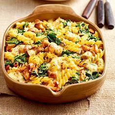 Nudelauflauf mit Spinat und Pfifferlingen Rezept | Küchengötter