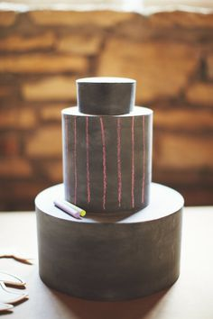 chalkboard cake (for display only!) // photo by EricLundgren.net