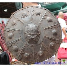 http://www.chineseantique-shop.com/2490-9630-thickbox/22-china-chinese-copper-bronze-leather-lion-head-weapon-warrior-war-shield-zmsx4714.jp...