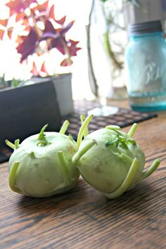Kohlrabi is an underappreciated, but delectable veggie: benefits of kohlrabi, how to prepare it, and a springtime creamy kohlrabi potato soup. Kohlrabi Recipes, Surimi Recipes, Endive Recipes, Mackerel Recipes, Soup Recipes, Cooking Recipes, Healthy Recipes, Recipies