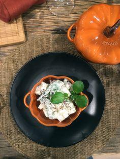 Ich bin so glücklich den Kohlrabisalat aus dem Buch Jerusalem-Das Kochbuch von Ottolenghi Tamimi gefunden zu haben. Der Salat lässt sich schnell zubereiten und schmeckt unglaublich. Das Rezept habe…