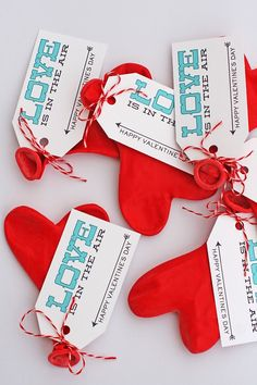Looking for a fun class Valentine's idea that doesn't involve more candy? It doesn't get much easier than this one. Especially when you use the Avery printable tags like we did this time. All you have to do is upload the design we made for you (or create your own on the Avery website), print …