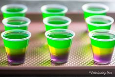 This purple, gold and green Mardi Gras jello shots recipe is awesome! It will fit right in with my Mardi Gras party decor. This purple, gold and green Mardi Gras jello shots recipe is awesome! It will fit right in with my Mardi Gras party decor. Mardi Gras Party Theme, Mardi Gras Drinks, Mardi Gras Food, Mardi Gras Decorations, Turquoise Decorations, New Orleans Party, New Orleans Mardi Gras, Mardi Gras Outfits, Mardi Gras Costumes