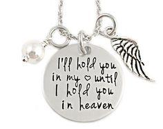 Personalisierte Mommy Engel Footprint Halskette von Stampressions