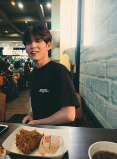 Date with Wonpil Kpop, Young K Day6, Kim Wonpil, Jae Day6, Cute Teenage Boys, K Idol, Photos Du, Boyfriend Material, People