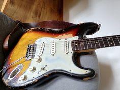 Fender Vintage, Vintage Guitars, Fender Stratocaster, Music Instruments, Guitars, Musical Instruments