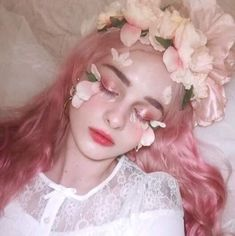 Uploaded by ✞𝔀𝓱𝓲𝓽𝓷𝓮𝔂. Find images and videos about girl, pink and aesthetic on We Heart It - the app to get lost in what you love. Makeup Fx, Cute Makeup, Beauty Makeup, Makeup Looks, Hair Makeup, Lolita Makeup, Aesthetic People, Aesthetic Girl, Foto Fantasy