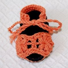 PATTERN  crocheted Flower Baby Sandals by monpetitviolon on Etsy