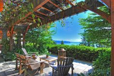 Craftsman Patio - With a view of Puget Sound
