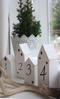 Weihnachtsdeko - Holz Haus Set *Advent* weiß im Shabbystil - ein Designerstück von LuCo bei DaWandakleines Haus: ca. 9,4 x 6 x 3,7cm großes Haus: ca. 14 x 6 x3,7cm 19€