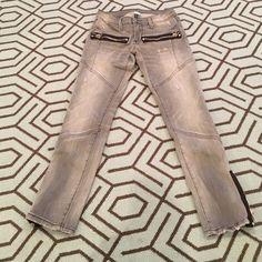 NSF Capri Jean sz 25 Gray, destroyed, Capri skinny Jean. Sz 25 Jeans Skinny