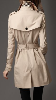 e547944b69af Burberry trench coat...I will own one before I die Burberry Outfit