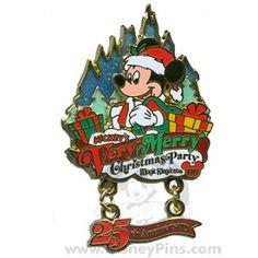 Disney Mickey's Very Merry Christmas Party 2008 Pin Santa Mickey Mouse