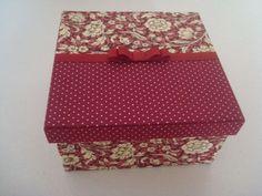 caixa com revestimento de tecido