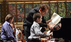 NIÑO PIANISTA SERGIO VARGAS, DE 11 AÑOS, ESTÁ LISTO PARA TOCAR EN BELLAS ARTES
