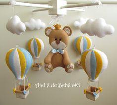 Móbile em MDF Urso Príncipe com Balões