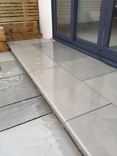 These beautiful smooth bullnose steps are ideal on their own or used with our Grey Smooth or Polished Sandstone Paving. Patio Tiles, Outdoor Tiles, Concrete Patio, Outdoor Decor, Sandstone Paving, Paving Slabs, Patio Steps, Garden Steps, Front Door Steps