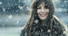 The winter season causes a lot of damage to the hair due to the cold air that gets into the hair. So women, especially who have long hair need special care in winter. Here are 10 proven hair care tips from experts for you. Pixie, Hair Growth For Men, Hair Scalp, Hair Regrowth, Wet Hair, Hair Loss Remedies, Winter Hairstyles, Bob Hairstyles, Prevent Hair Loss