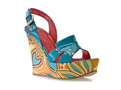 How amazing are these? #shoes #wedges