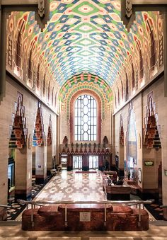 Lobby and desks, The Guardian Building, Detroit