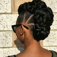 Best Wedding Hairstyles For Natural Afro Hair - Hair Styles - Hair Style Ideas Natural Afro Hairstyles, African Hairstyles, Black Women Hairstyles, Girl Hairstyles, Black Hair Updo Hairstyles, Natural Updo, Natural Hair Buns, Gorgeous Hairstyles, Hairstyles Pictures