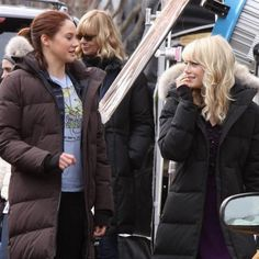The Amazing Spider-Man 2 Set Video with Emma Stone and Shailene Woodley -- Mary Jane Watson is introduced to Gwen Stacy in this look at the Marvel sequel, now shooting in New York City. -- http://wtch.it/vvnNw