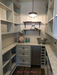 Pantries are practical additions to any home. From simple solutions to elaborate showcases, here are great walk in pantry shelving ideas. 17 Awesome Pantry Shelving Ideas to Make Your Pantry More Organized Kitchen Pantry Design, New Kitchen, Kitchen Decor, Kitchen Ideas, Kitchen With Pantry, Kitchen Pantries, Kitchen Small, Kitchen Nook, Kitchen Hacks