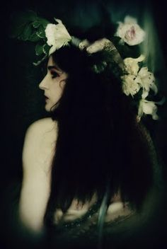 Pre-Raphaelite Inspired Photo: by Merle Pace Color Photography, Fashion Photography, Fantasy Photography, Vintage Photography, Midsummer Nights Dream, Pre Raphaelite, Ethereal, Her Hair, Gypsy