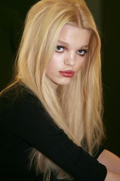 Wide apart large green eyed,pillow lipped,pug nosed,long blonde hair uniquely beautiful delightful Daphne Groeneveld <3