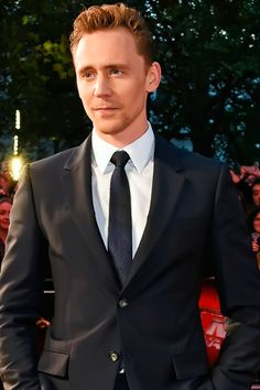 Tom Hiddleston attends a gala screening of 'High-Rise' during the BFI London Film Festival at Odeon Leicester Square on October 9, 2015 in London. Full size image: http://ww2.sinaimg.cn/large/6e14d388gw1ewvep8ol5tj21kw12n162.jpg Source: Torrilla, Weibo