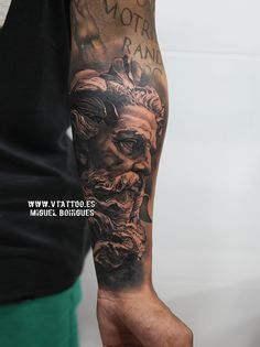 neptune v tattoo copia Poseidon Tattoo, Zeus Tattoo, V Tattoo, Statue Tattoo, God Tattoos, Badass Tattoos, Body Art Tattoos, Tattoos For Guys, Forearm Tattoo Men