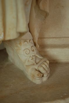 Sculpture Art, Stone Sculptures, Stone Statues, After Life, Religious Icons, Yesterday And Today, Shoe Art, Ceramic Art, Amazing Art